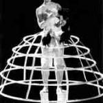 1999: Dyane Neimann mit ihrem Theaterstück, Chicken fodder - 3 Moderne Englische Zwerg-Kämpfer-Hähne